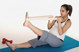 hamstring stretch with resistance band